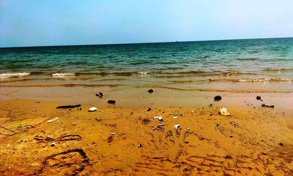 Pantai Monpera yang menggoreskan nostalgia