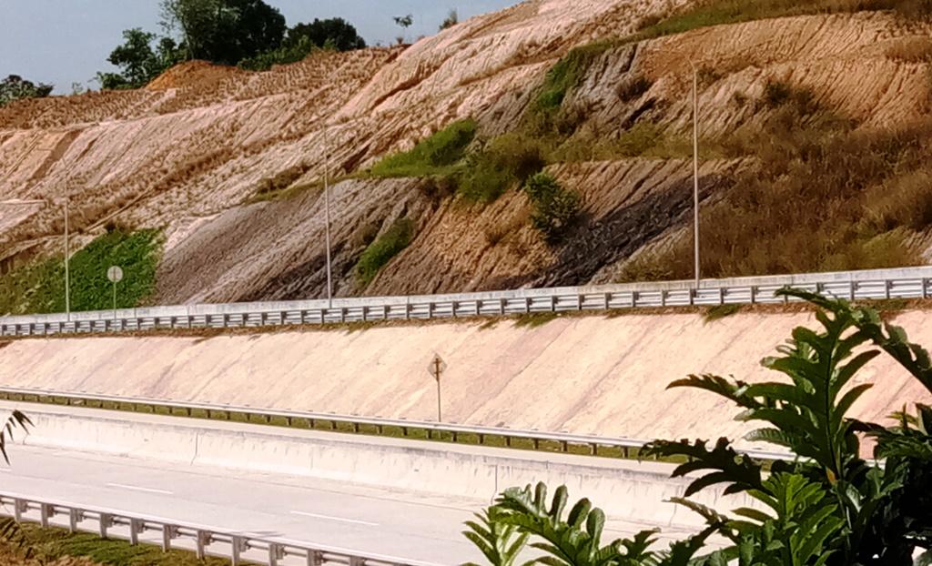 Jalan Tol pertama di Kalimantan yang menghubungkan Samarinda - Samarinda I Dokumentasi Pribadi